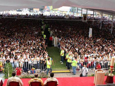 20 mil jóvenes en Megamisión