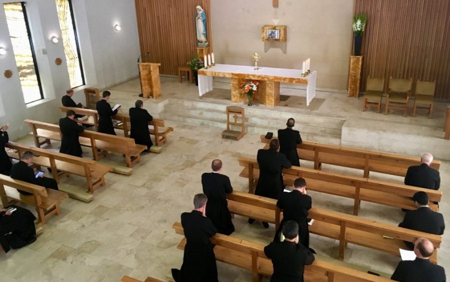«Un tiempo para renovar la identidad religiosa y sacerdotal legionaria»