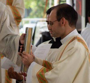 «Anunciar a cada hombre la Verdad del Evangelio» - Ordenaciones diaconales en Italia y México