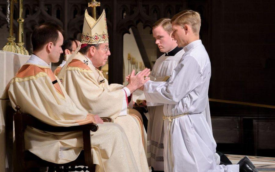 «Configuración con Cristo a través de la imposición de las manos» - Ordenación diaconal y sacerdotal
