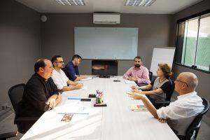 «Preparar a los laicos y a los sacerdotes para entender y testimoniar el Evangelio»
