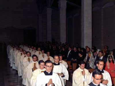 50 años de sacerdocio: «Buscan a Cristo en nosotros y éste es el sacerdocio de todo sacerdote»
