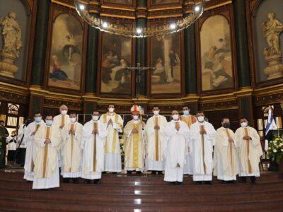 Ordenación diaconal y sacerdotal en la catedral de San Salvador