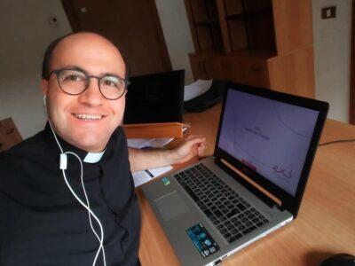 El P. Alberto Carrara, LC, participa en un proyecto de verificación de la información sobre las vacunas del coronavirus