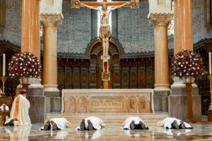 Cuatro Legionarios de Cristo son ordenados sacerdotes en Medellín